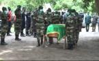 Suivez les images exclusives de la levée du corps du Major, Idrissa Manga