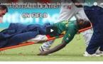 Video: Moments Tristes • Tous les footballeurs morts sur un terrain en plein match  (Regardez)