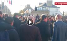 VIDEO. Manuel Valls giflé par un jeune lors d'un déplacement