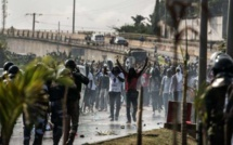 Samedi de tous les dangers à Fass: des jeunes Apéristes interdisent le meeting du ministre Cheikh Mbaké Sakho ( Regardez)