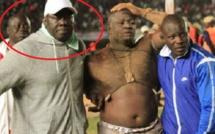 Vidéo: Apres la défaite de Papa Sow, la voiture de Moustapha Gueye volée
