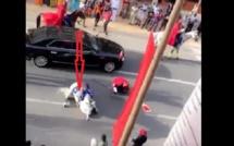 Cortège présidentiel : les internautes interprètent la chute du cheval comme un signe pour la Présidentielle