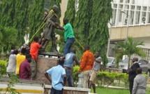 Ghandi jugé raciste, sa statue retirée d'un campus à accra