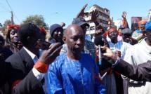 """Vidéo: Les travailleurs du centre """"Talibou Dabo"""" vilipendent leur DG et demandent son départ"""