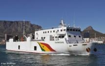 """URGENT: L'arrivée du bateau """"Diambogne"""" à Dakar"""
