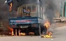 Yopougon : Un véhicule de la gendarmerie incendié par des individus