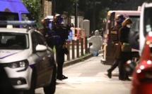Professeur décapité en France: 4 personnes, dont un mineur, en garde à vue