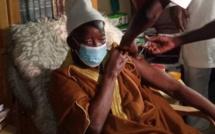 Le Khalife de Médina Baye a pris le vaccin