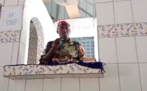 Incroyable ! Certains imams remplacés...A Conakry un officier de l'armée a dirigé la prière du vendredi (Vidéo)