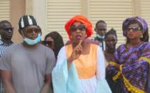 """Des jeunes de l'APR Dakar-Plateau vilipendent Yaham et Salihou Keika """"Ils passent tout leur temps à piailler dans les médias alors qu'ils ne foutent rien..."""" (Vidéo)"""