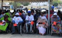 """Référendum: 22 associations de handicapés appellent à voter """"Non"""""""