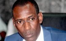 Vidéo: Le ministre de l'intérieur dément « Nous n'accueillons pas des Jihadistes mais... »